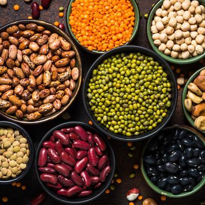 Protein aus Hülsenfrüchten - Erbse, Soja, Fava-Bohnen