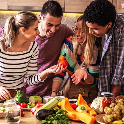 Vegan werden - Immer mehr Menschen tasten sich an eine vegan Ernährung heran